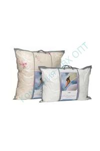 Упаковка ПВХ для подушки с декоративными вставками из спанбонда